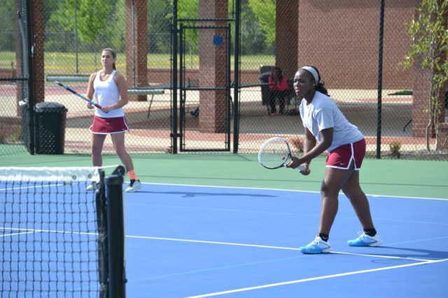 Hannah Anderson and Quinshay Perkins took the girls doubles match to a tiebreaker for their win. Photo by Dennis Clayton.
