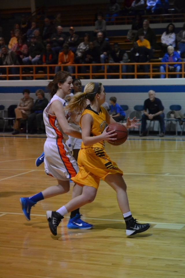 Kallie Roberts scores on the layup for the Lady Urchins. Roberts had 16 points on the night. Photo by Dennis Clayton.