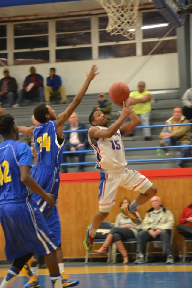 Laquain Foster led the Ingomar comeback against Coldwater. Photo by Dennis Clayton.
