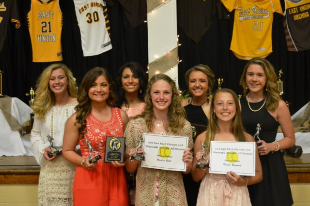 Fastpitch from left: Kallie Roberts, Rebecca Sheffield, Tianna Castillo, Raelee Bell, Callie Frazier, Kaitie Boatner, Hannah White.
